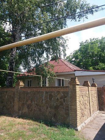 Продам добротный дом в г.Снежное