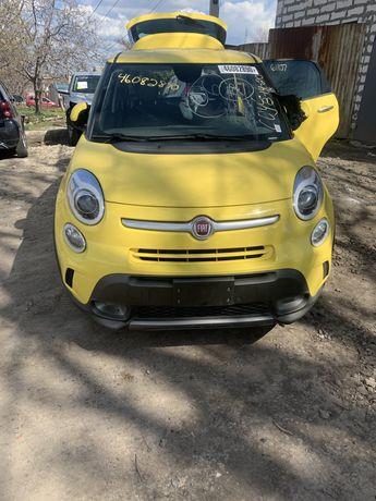 Продам  по запчастям Fiat 500 L Trekking , 2013 год