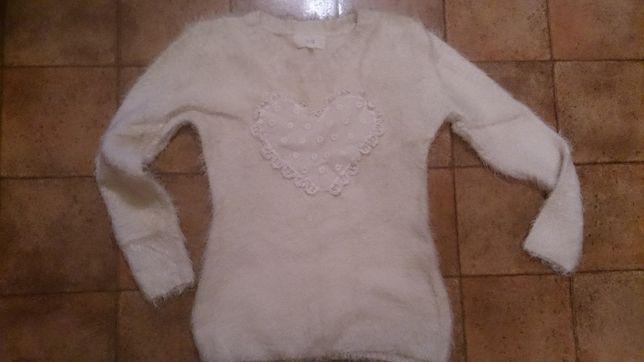 Sweter z koronkowym sercem S / M