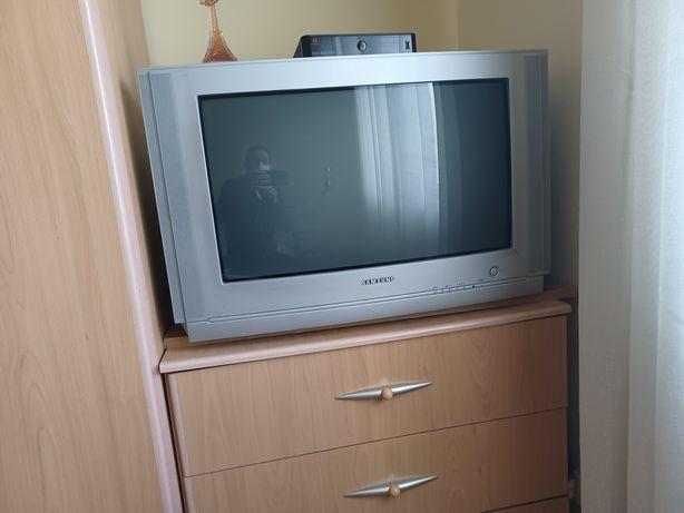 Tv em muito bom estado