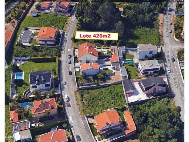 Lote 420m2 Nasc/Sul/Poente, Moradia RC+Andar, Arcozelo