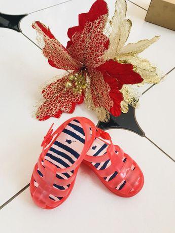Сандалики обувь летняя на море пляж бассейн Zara 21 размер 13,5 см