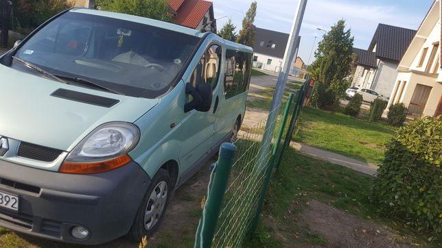 Renault Trafic 1.9 9 osób