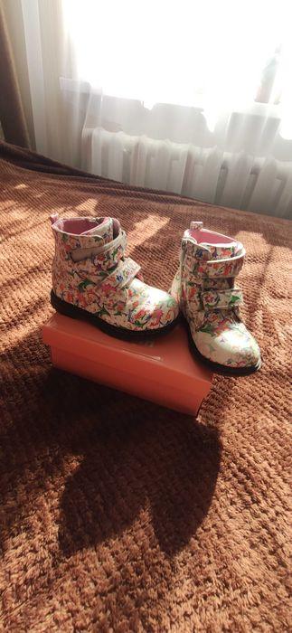 Осінні чоботи для дівчинки Белая Церковь - изображение 1
