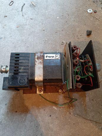 Silnik tur 2 maszyna do szycia