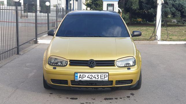 Volksvagen Golf 4 1.6 Бенз/Механика
