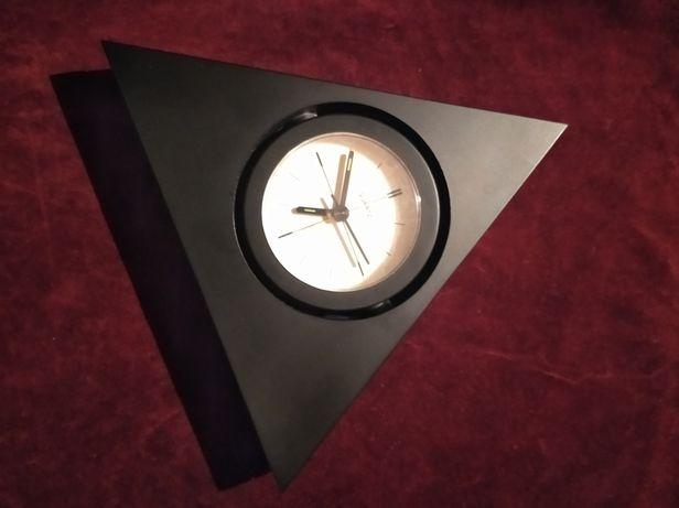 Часы кварцевые с будильником. Германия.