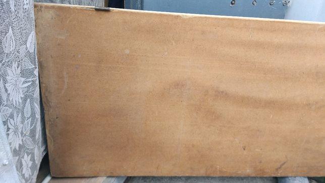 Продам дверь деревянную обшитую ДВП