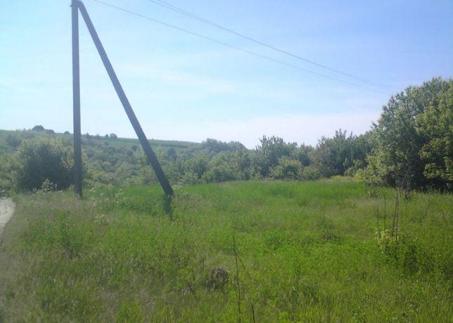 Терміново продам земельну ділянку 50соток в центрі с.Уляники