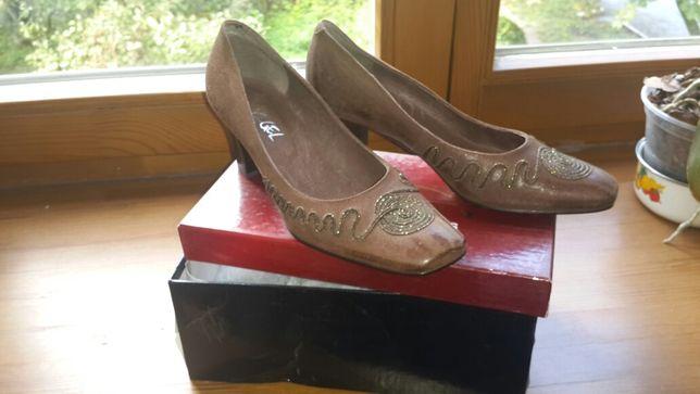 Жіночі туфлі ( нові ) 36 р.