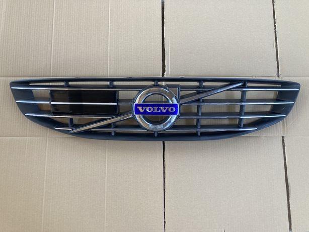 Volvo v60 atrapa grill