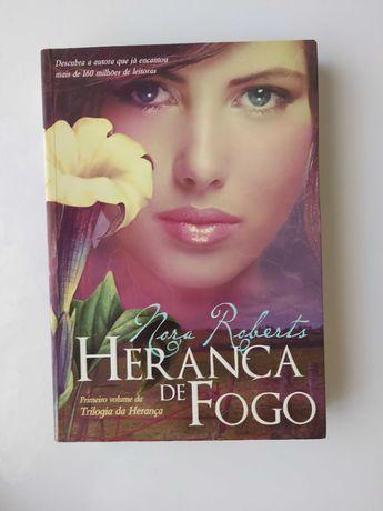"""Livro """"A Herança de Fogo"""" de Nora Roberts"""
