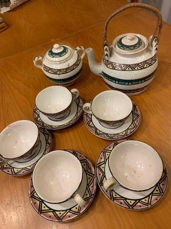 Conjunto de chá pintado à mão