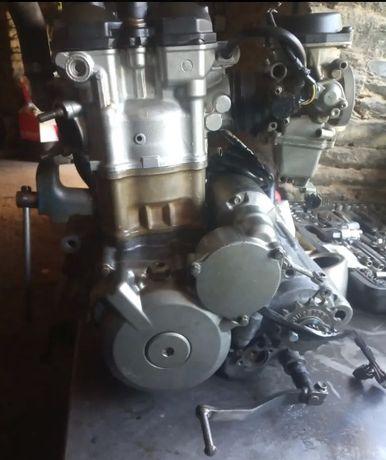 Motor Suzuki Ltz 400 p/ peças