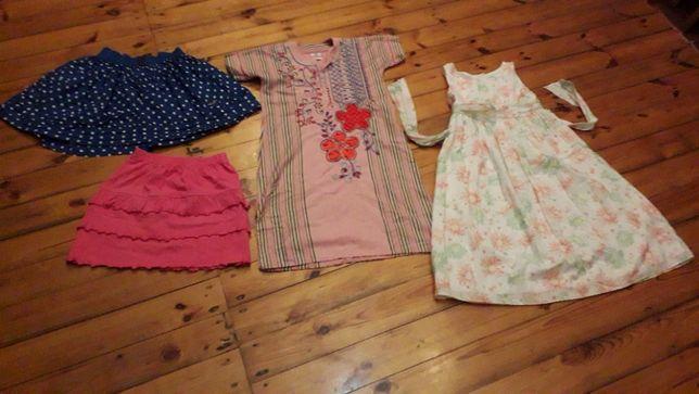 Sukienki i spódniczki dla dziewczynki 7-8 lat
