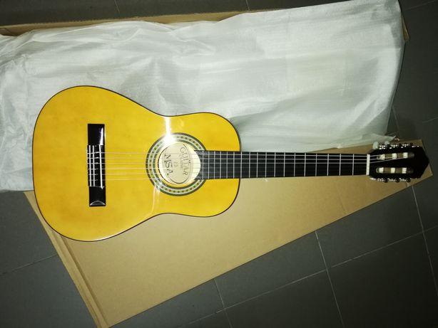 Guitarra clássica 1/2 castanha e set
