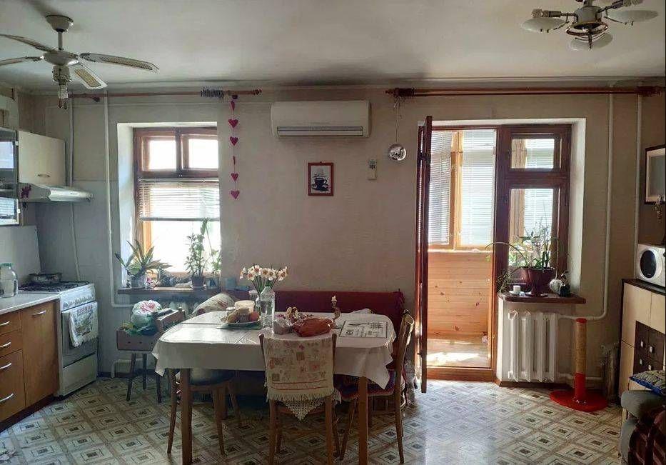Продам квартиру в кирпичном доме на Бочарова Одесса - изображение 1