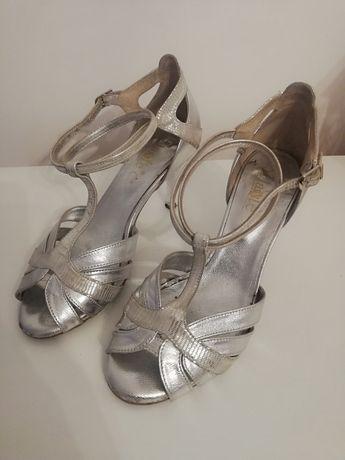 Szpiki ślubne (buty do tańca)