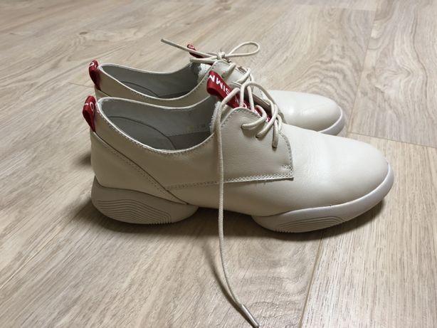 Кожанные кроссовки туфли ботинки
