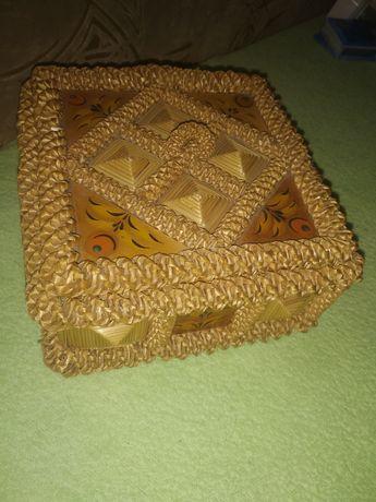 Деревянная шкатулка времён СССР ручной работы плетёная плетение