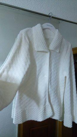 Sweterek komunijny dziewczęcy