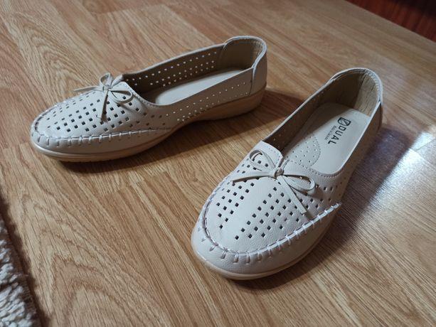 Лофери, сліпони, туфлі жіночі 40р.