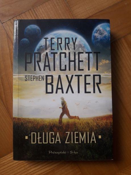 Książka Terry'ego Pratchetta Długa ziemia