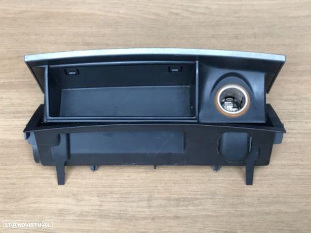 Base Isqueiro / Cinzeiro Peugeot 407 de 04 a 09