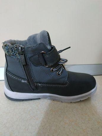 Зимові черевички на хлопчика, розмір 29