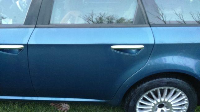Drzwi lewy przód tył Alfa Romeo 159 Blu Aurora 297a