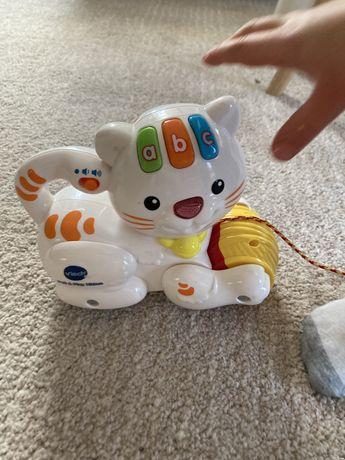 Zabawka/ kot z włóczką/ do nauki angielskiego