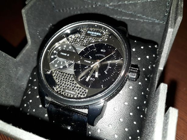 Часы Diesel DZ5584
