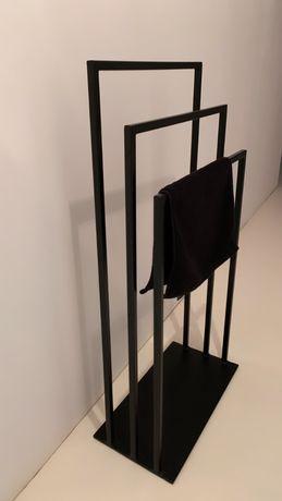 Nowoczesny wieszak stojacy do łazienki styl loft industrail