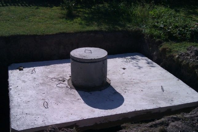 Zbiornik Betonowy Szambo 2m3-13m3 Na Gnojówkę Wodę Deszczówkę Betonowe