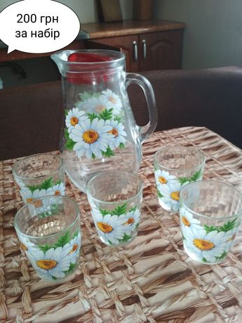 Набір графін і шість стаканів