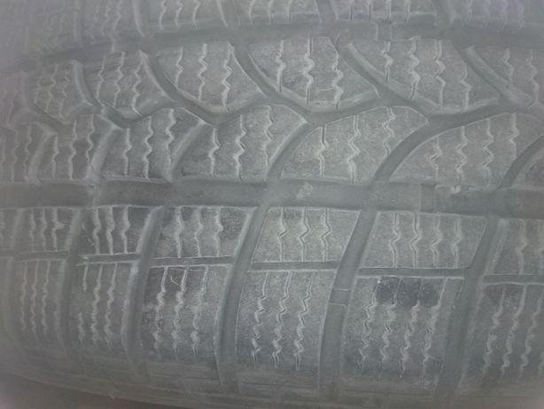 Opony zimowe Kormoran 205/60 R16