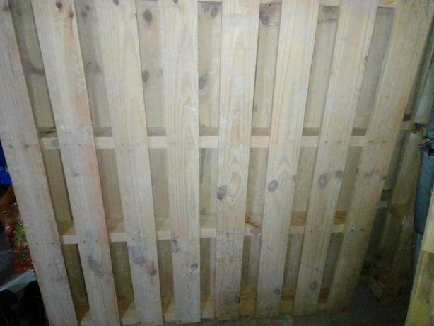 Paletes novas madeira pinho
