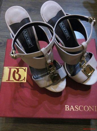 Продам босоножки Basconi!