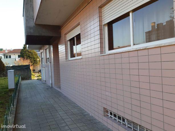 T2 + 1 Moreira, Maia c/ lugar de garagem