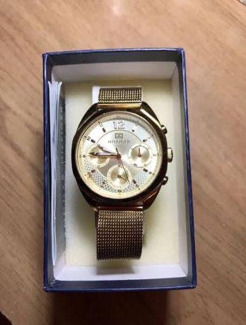 Часы «Tommy Hilfiger» (модель 1781488) женские