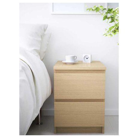 2 Mesas de cabeceira MALM + Cómoda MALM do IKEA