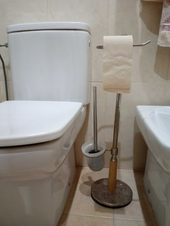 Suporte papel higiénico e piaçaba