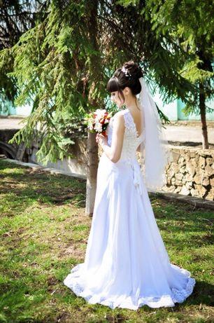 Продаю свадебное платье,не венчанное!
