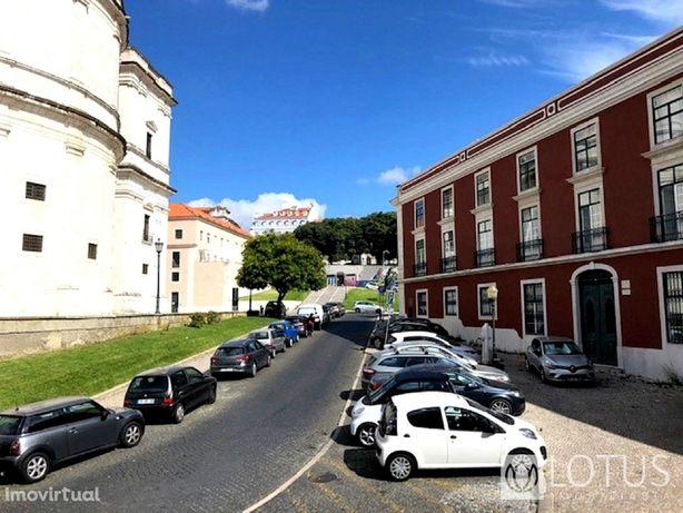 Campo de Santa Clara: Prédio com vista Rio