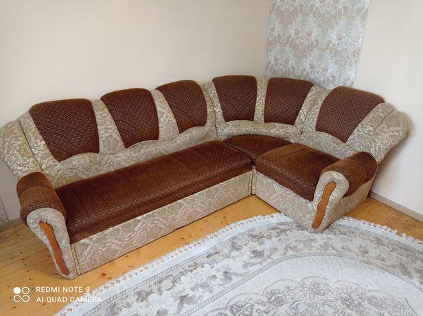 Продам кутовий диван у відмінному стані