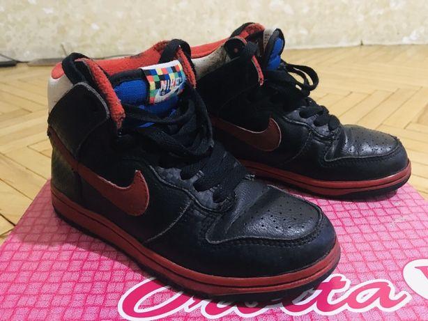 Супер Стильные,Крутые высокие кроссовки Nike на мальчика 30 размер