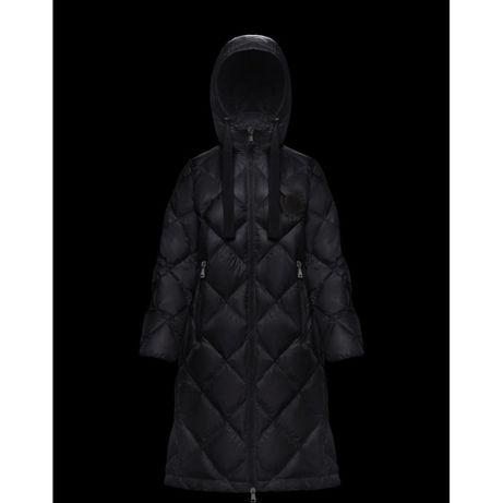 Длинное черное пуховое пальто пуховик Moncler