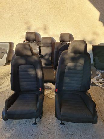 Повний комплект сидіння VW passat b6 універсал + усі 4-ри карти дверей