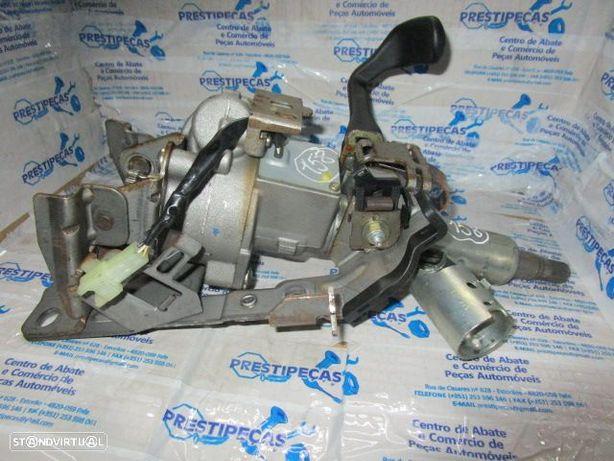 Coluna Direcao 8200091319 6900000319 RENAULT / CLIO 2 / 2002 /