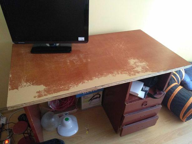 Biurko 55cm x 100cm, stan do odnowienia, zapłacę 10zł za odbiór